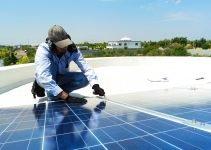 Pulizia Pannelli Fotovoltaici: Come si fa e Ogni Quanto va Fatta