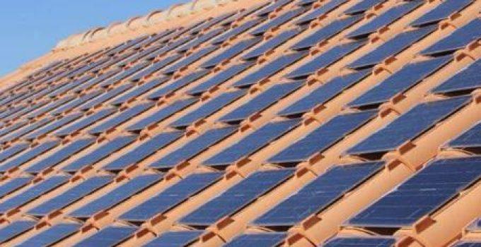 Tegole Fotovoltaiche: Come Funzionano, Vantaggi, Prezzi e Modalità di Installazione